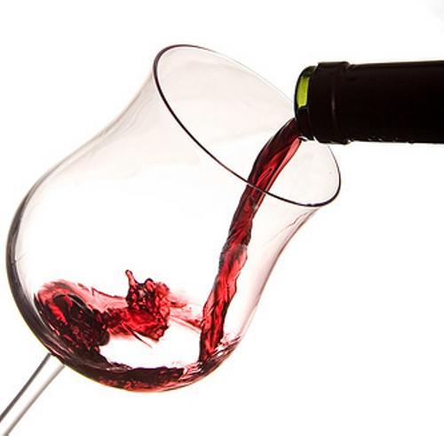 El vino, en consumo moderado y previamente tratado, ayuda a mejorar del cansancio